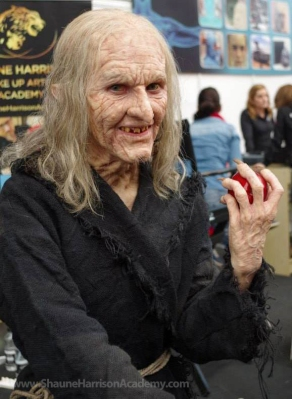 Witch makeup at UMAE 2014